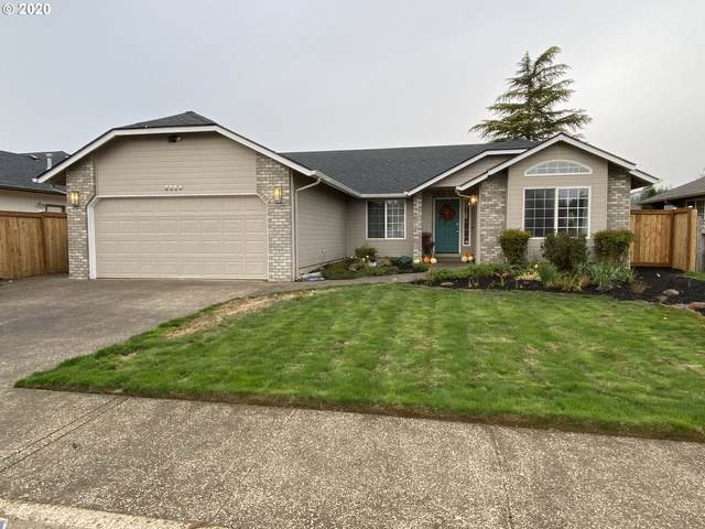 2054 Clark Ave, Cottage Grove, OR 97424 (MLS #20472195) :: Song Real Estate