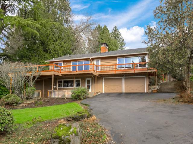 2679 Glen Eagles Rd, Lake Oswego, OR 97034 (MLS #20481298) :: McKillion Real Estate Group