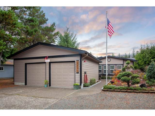 145 Seagrove Loop, Lincoln City, OR 97367 (MLS #20484374) :: Premiere Property Group LLC