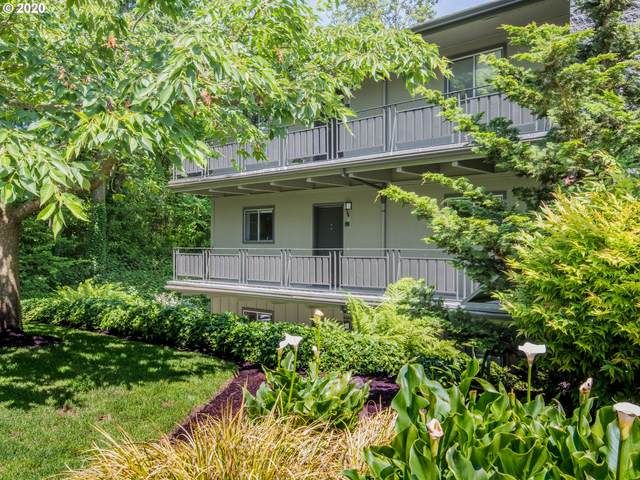 16200 Pacific Hwy #7, Lake Oswego, OR 97034 (MLS #20485038) :: Piece of PDX Team