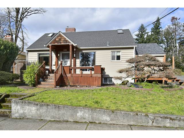 200 W Gloucester St, Gladstone, OR 97027 (MLS #20487730) :: Cano Real Estate