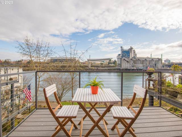 730 NW Naito Pkwy E26, Portland, OR 97209 (MLS #20492680) :: Change Realty