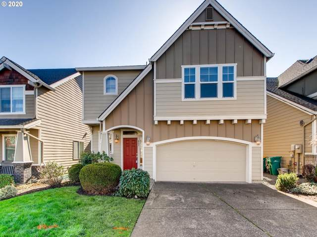 952 SW 18TH Way, Troutdale, OR 97060 (MLS #20494023) :: Homehelper Consultants
