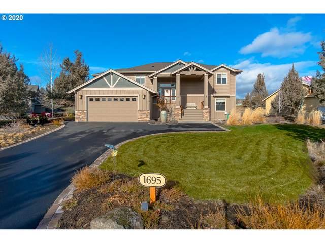 1695 SW Murrelet Dr, Redmond, OR 97756 (MLS #20494408) :: McKillion Real Estate Group