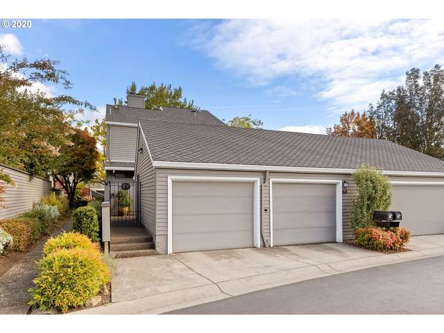 77 Greenridge Ct, Lake Oswego, OR 97035 (MLS #20494460) :: Fox Real Estate Group