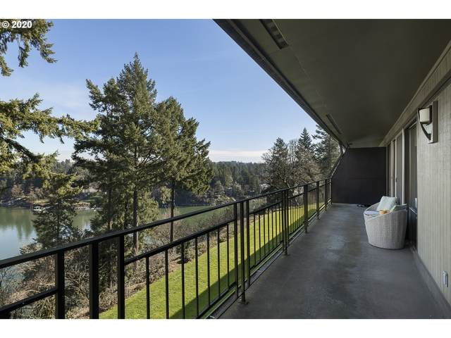 16200 Pacific Hwy #15, Lake Oswego, OR 97034 (MLS #20494915) :: Premiere Property Group LLC