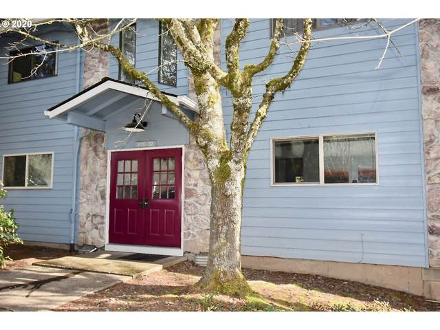 3128 SW Carson St, Portland, OR 97219 (MLS #20499378) :: Holdhusen Real Estate Group