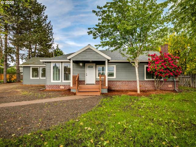 135 NW Scott St, Hillsboro, OR 97124 (MLS #20500419) :: Next Home Realty Connection