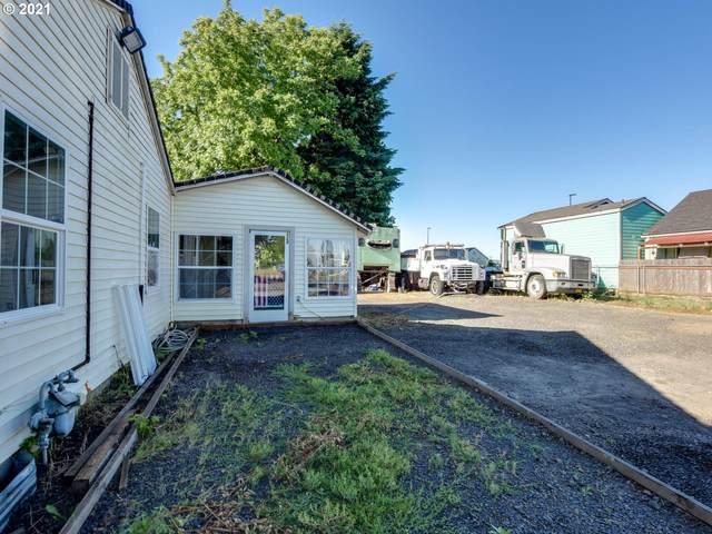 528 SW Walnut St, Hillsboro, OR 97123 (MLS #20502874) :: Fox Real Estate Group