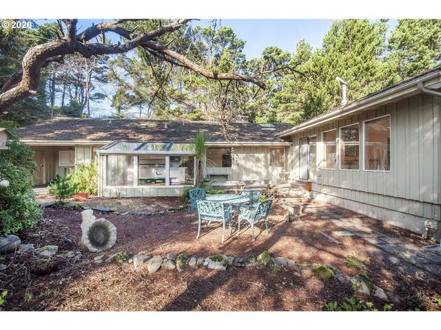 5965 Hacienda Ave, Lincoln City, OR 97367 (MLS #20503844) :: McKillion Real Estate Group