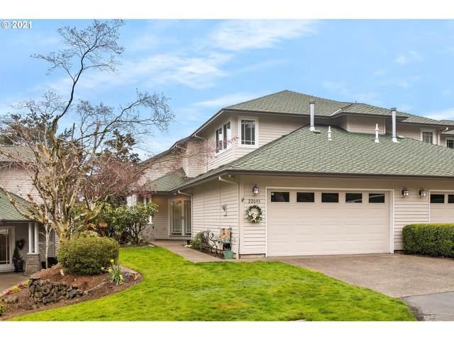 22045 Chelan Loop, West Linn, OR 97068 (MLS #20505084) :: Fox Real Estate Group