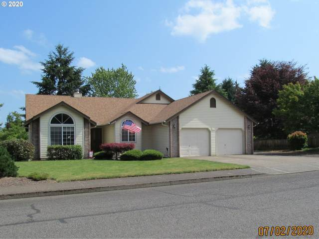2408 Maplewood Dr, Dallas, OR 97338 (MLS #20509584) :: The Liu Group