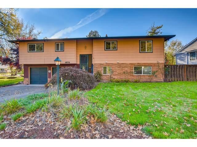 16711 SE Ladd Ct, Milwaukie, OR 97267 (MLS #20517732) :: Holdhusen Real Estate Group