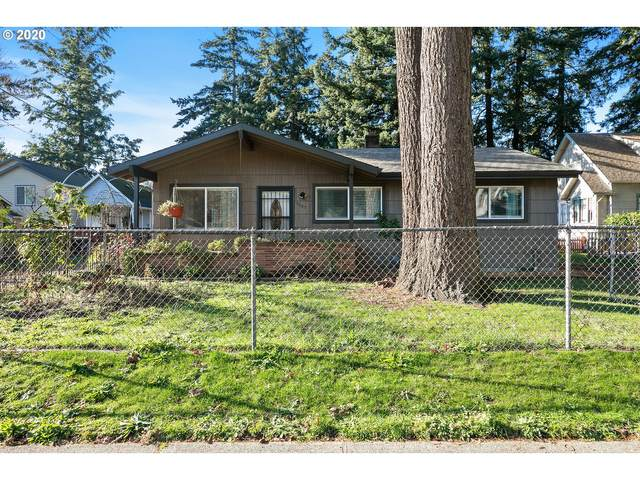 2237 SE 139TH Ave, Portland, OR 97233 (MLS #20519111) :: The Liu Group