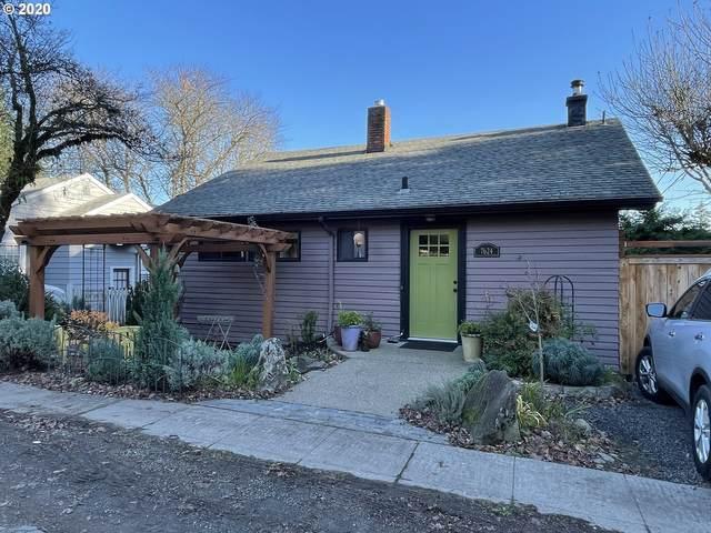 7624 S Fulton Park Pl, Portland, OR 97219 (MLS #20521469) :: TK Real Estate Group