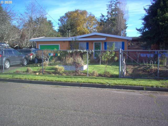 583 S Marple St, Coos Bay, OR 97420 (MLS #20523824) :: Gustavo Group