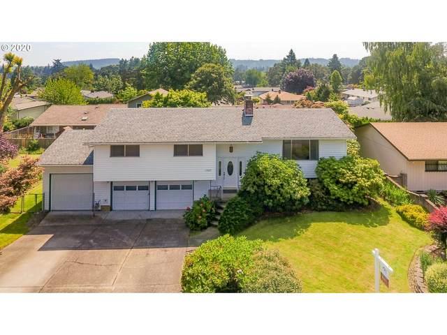 17627 SE Crystal Ln, Milwaukie, OR 97267 (MLS #20524813) :: McKillion Real Estate Group