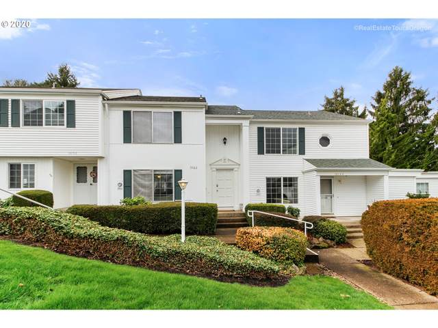 13162 SW 17TH St, Beaverton, OR 97008 (MLS #20528398) :: Brantley Christianson Real Estate