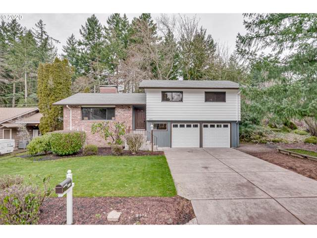 4911 Parkhill St, Lake Oswego, OR 97035 (MLS #20530689) :: Next Home Realty Connection