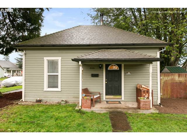 200 W 3RD St, Newberg, OR 97132 (MLS #20532514) :: Fox Real Estate Group