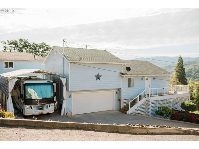 918 NE Malheur Ave, Roseburg, OR 97470 (MLS #20533411) :: Beach Loop Realty