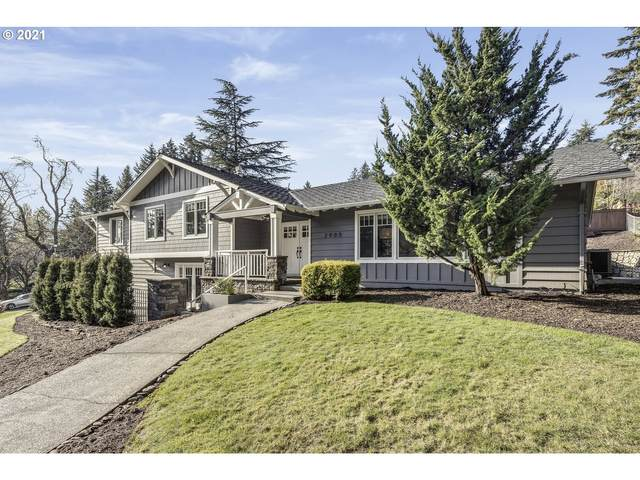 2905 SW Garden View Ave, Portland, OR 97225 (MLS #20533520) :: Next Home Realty Connection
