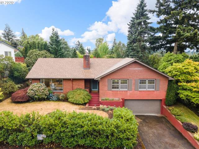 3344 SW Hamilton St, Portland, OR 97239 (MLS #20534555) :: Brantley Christianson Real Estate