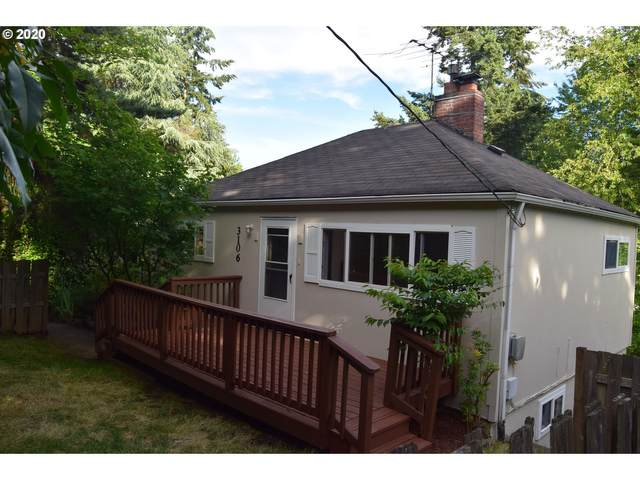 3106 SW Taylors Ferry Rd, Portland, OR 97219 (MLS #20534558) :: McKillion Real Estate Group