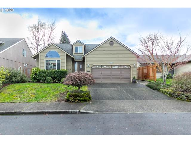 13642 SW Ashbury Ln, Tigard, OR 97223 (MLS #20536123) :: Next Home Realty Connection