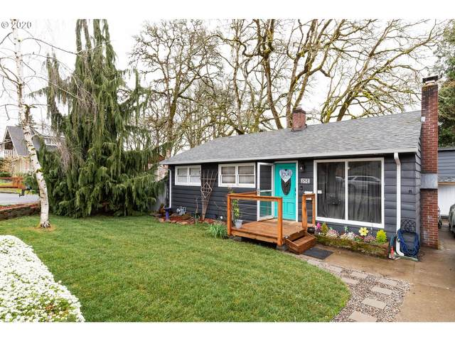 375 E Gloucester St, Gladstone, OR 97027 (MLS #20540322) :: Townsend Jarvis Group Real Estate