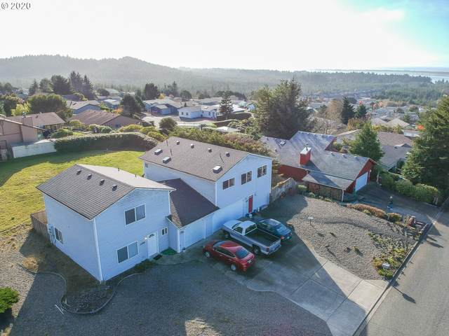 1199 Fulton Ave, Coos Bay, OR 97420 (MLS #20541837) :: Premiere Property Group LLC