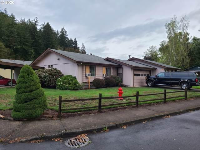 220 Walnut Ave, Silverton, OR 97381 (MLS #20542565) :: Premiere Property Group LLC