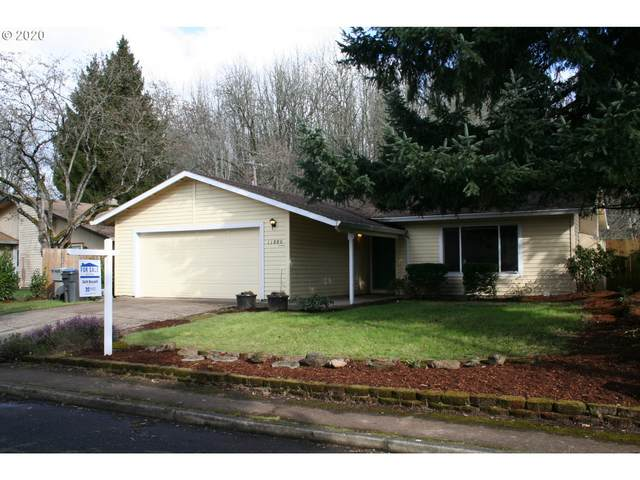 11880 SW 113TH Pl, Tigard, OR 97223 (MLS #20542854) :: Change Realty