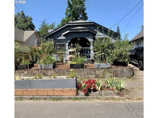 8111 SE Taylor St, Portland, OR 97215 (MLS #20543848) :: Brantley Christianson Real Estate