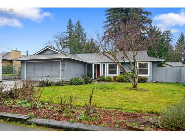 11525 SE 56TH Ave, Milwaukie, OR 97222 (MLS #20545046) :: McKillion Real Estate Group