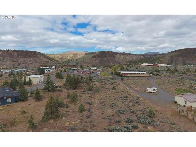 SW Commercial Loop, Terrebonne, OR 97760 (MLS #20549635) :: Change Realty