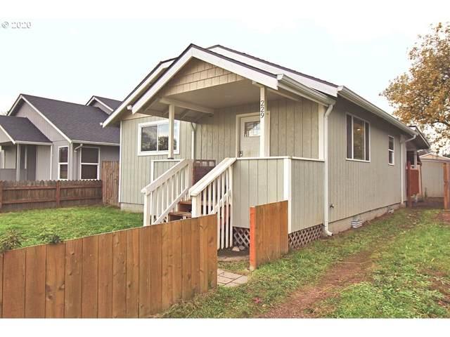 229 22ND Ave, Longview, WA 98632 (MLS #20550934) :: Premiere Property Group LLC