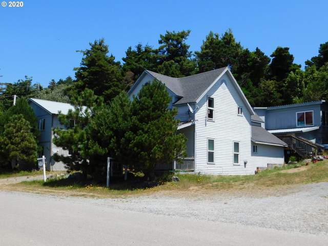 816 Jackson St, Port Orford, OR 97465 (MLS #20552839) :: Gustavo Group