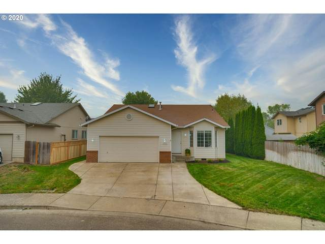 2833 Bogie Ct, Woodburn, OR 97071 (MLS #20557566) :: Fox Real Estate Group