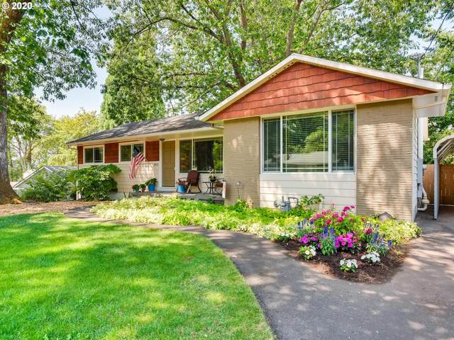 2415 Glen Haven Rd, Lake Oswego, OR 97034 (MLS #20559482) :: Fox Real Estate Group
