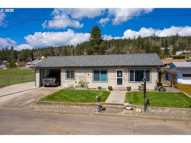 719 E Third Ave, Sutherlin, OR 97479 (MLS #20565270) :: Change Realty