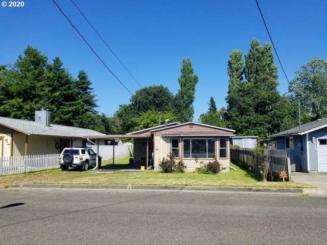 2629 Fir St, North Bend, OR 97459 (MLS #20566633) :: Beach Loop Realty