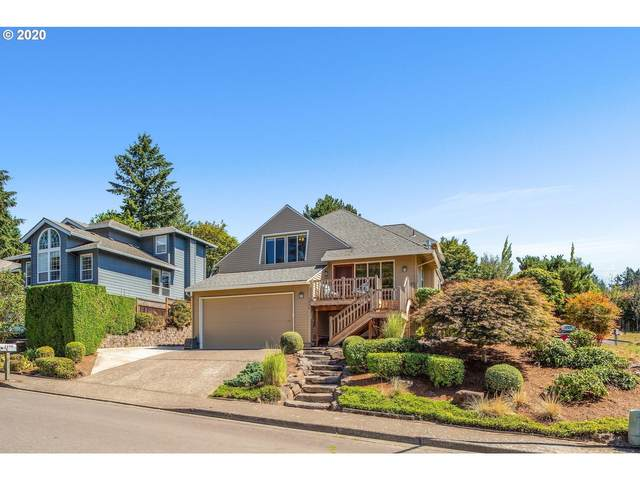 2290 SW 106TH Pl, Portland, OR 97225 (MLS #20566900) :: The Liu Group