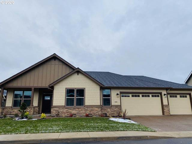 1035 N Douglas St, Canby, OR 97013 (MLS #20570619) :: Fox Real Estate Group