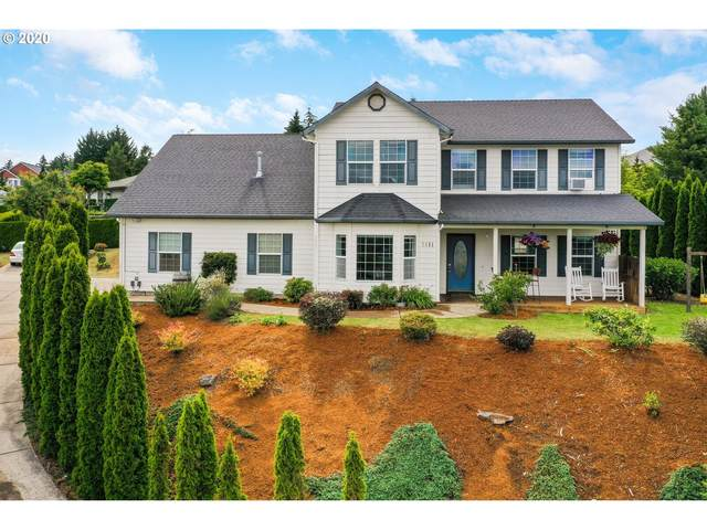 2411 Oakwood Dr, Dallas, OR 97338 (MLS #20571524) :: Fox Real Estate Group