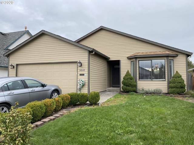 21645 SW Lois St, Aloha, OR 97003 (MLS #20574600) :: Change Realty
