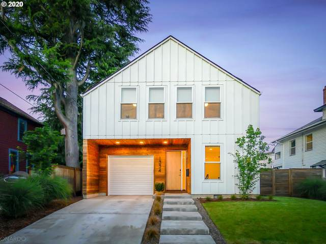 1334 SE 43RD Ave, Portland, OR 97215 (MLS #20574909) :: The Liu Group