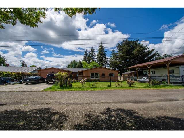 1347 W 10TH, Coquille, OR 97423 (MLS #20575401) :: Beach Loop Realty