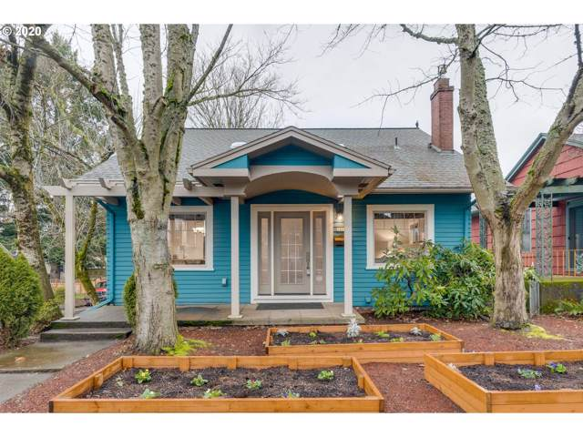 3805 SE Taggart St, Portland, OR 97202 (MLS #20580466) :: Townsend Jarvis Group Real Estate