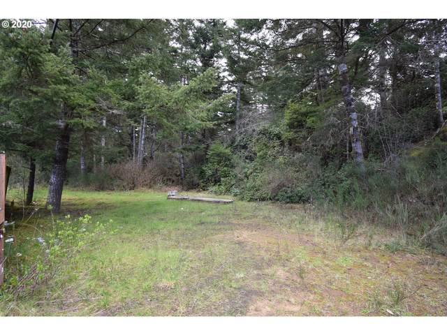 67071 Spinreel Rd, North Bend, OR 97459 (MLS #20580749) :: Fox Real Estate Group